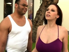 Gianna Michaels Flashes Her Sweet Big Tits In 4k