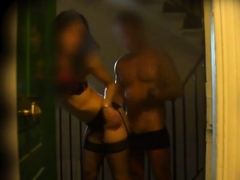 Порно нарезка юные девочки кончают струей