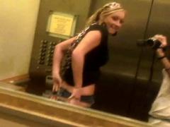 elevator-nude-lesbians