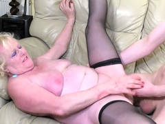 AgedLovE Mature Lady Provides Herself