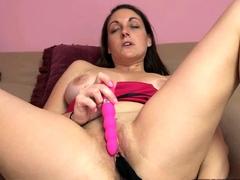 Horny MILF Melanie Hicks puts her thong inside her twat